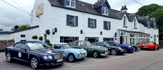 Classic cars at Airds Hotel